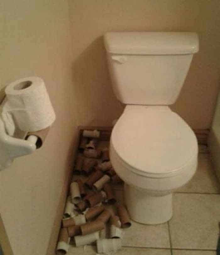 40 Funny Pics of People Who Took Laziness To The Extreme Level -05