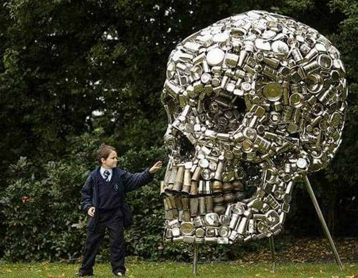Funny Creative Monument of Skull - 6 Pics -02