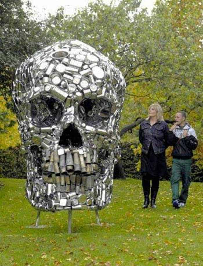 Funny Creative Monument of Skull - 6 Pics -04