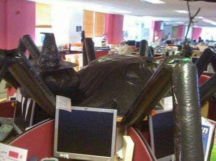 Awesome Rare Funny Office That Looks Weird -04