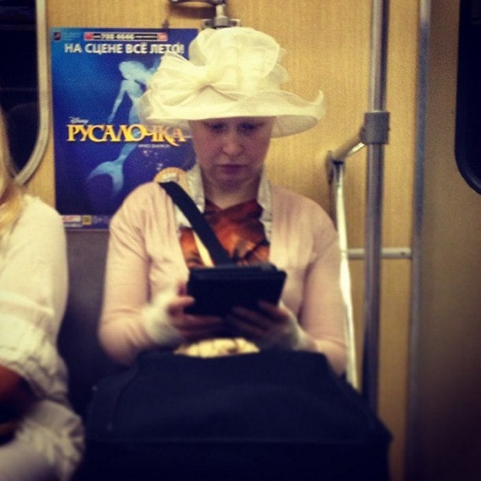 Funny People Of Moscow Subway That Will Make You LOL (64 Pics)-05