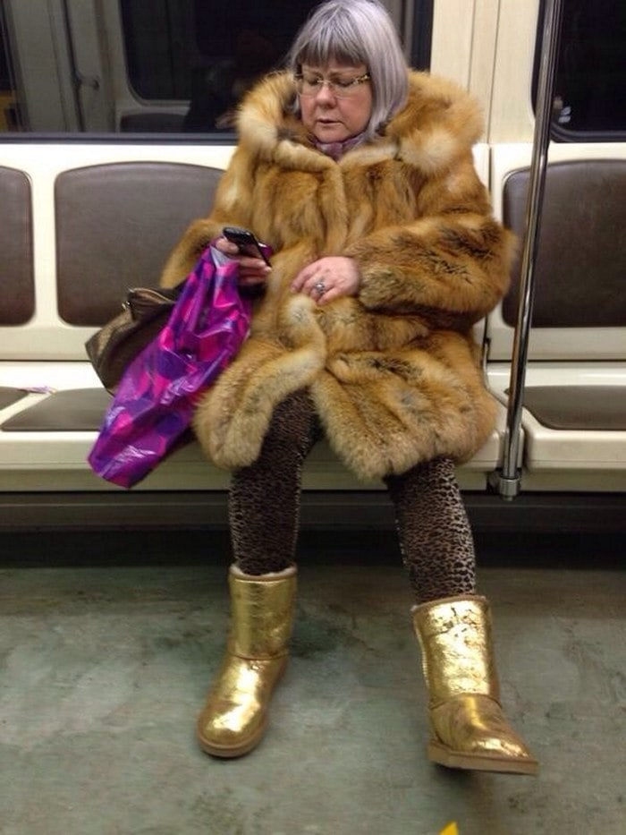 Funny People Of Moscow Subway That Will Make You LOL (64 Pics)-08