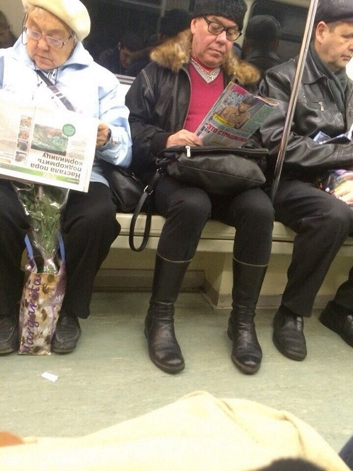 Funny People Of Moscow Subway That Will Make You LOL (64 Pics)-42