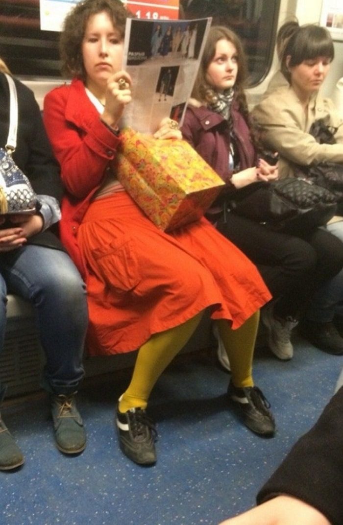 Funny People Of Moscow Subway That Will Make You LOL (64 Pics)-52