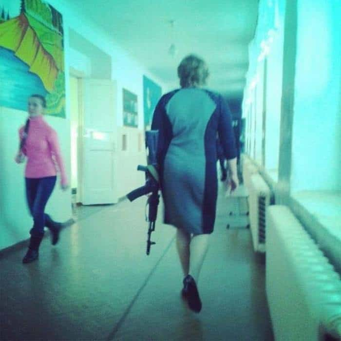 50 Funny Pictures That You Can Only See in Russia -04