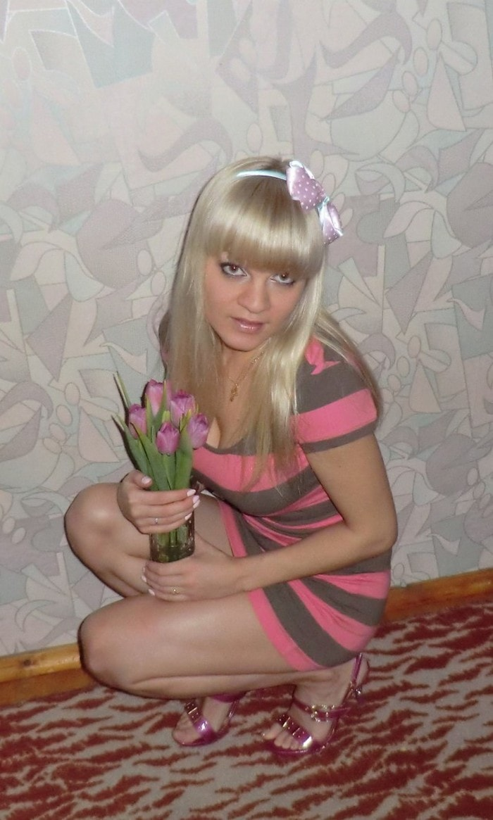 50 Funny Russian Girls Who Failed To Look Hot-41