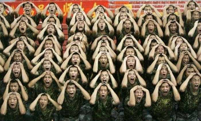 Crazy And Funny Soldiers From China - 12 Photos -01