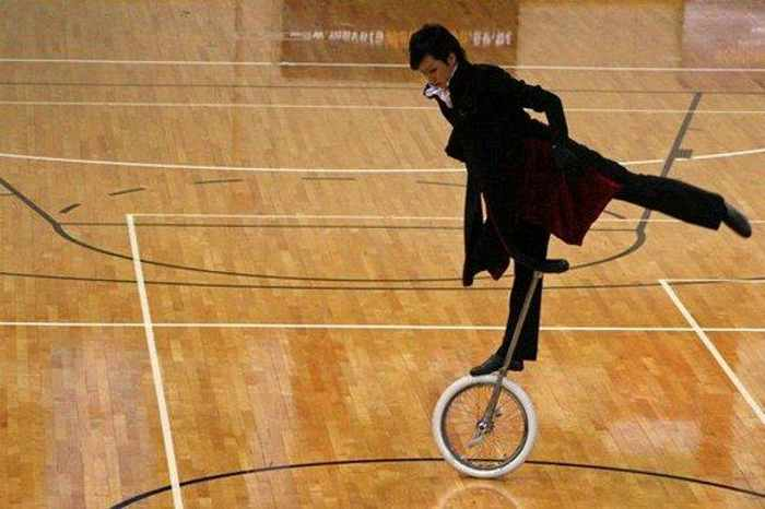 10 Funny Sports Pictures That Are Very Unusual -08