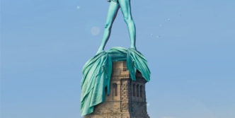 Meanwhile Statue Of Liberty In Hot Summer Will Shock You
