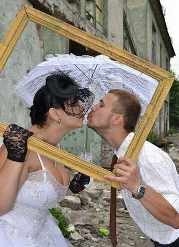 Unusual Funny Wedding Costume That is Hilarious -03