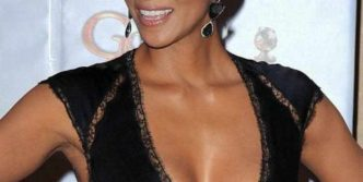 Halle Berry Is Stunning in Low-Cut Outfit At Golden Globes