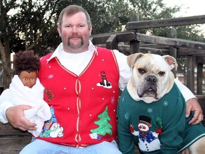 20 Hilarious Christmas Portraits With Pets That Will Make Your Day -14