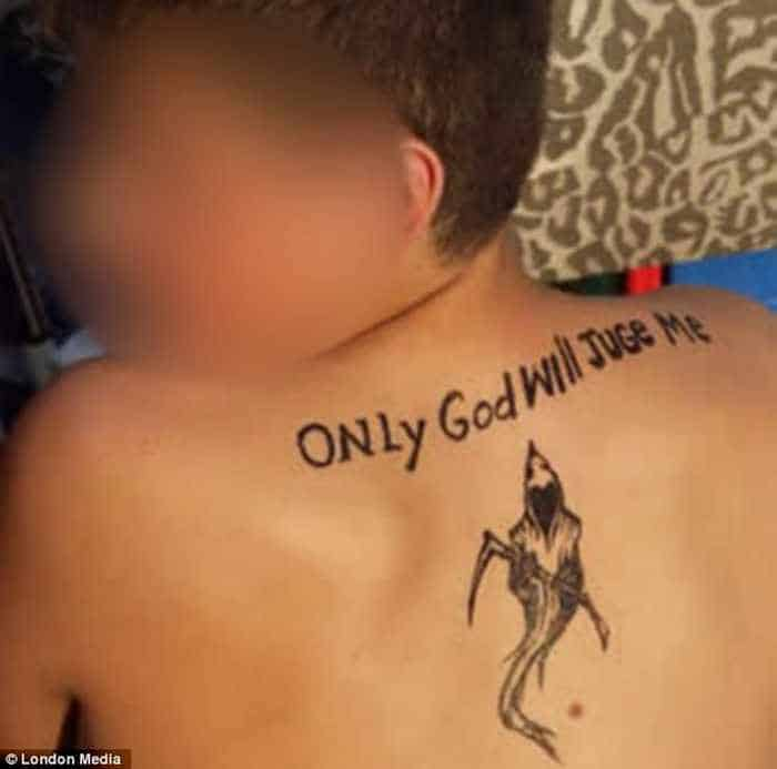 47 Hilarious Photos of Misspelled Tattoos That Will Make You LOL -05