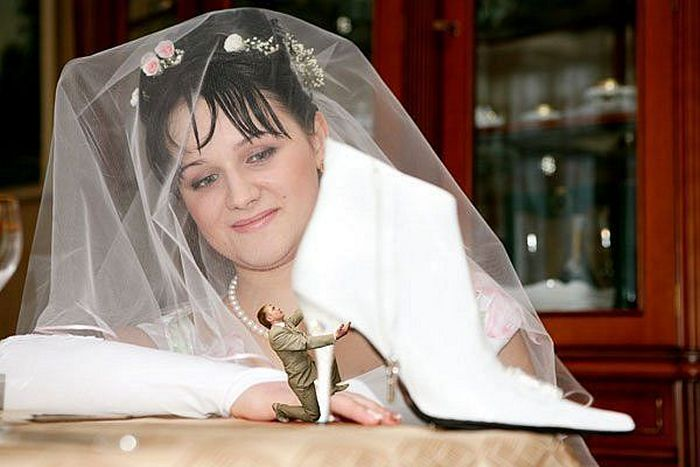 Hilarious Photoshopped Russian Wedding Photos (24 Pics)-04