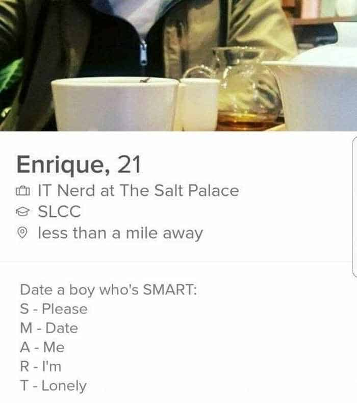 32 Hilarious Profiles Found On Tinder Will Make Your Day -10