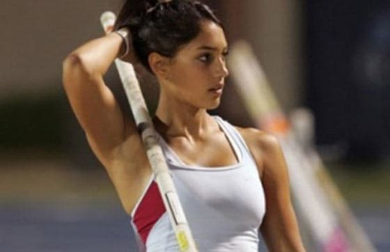 Top 12 Most Beautiful Athletes In The World -01
