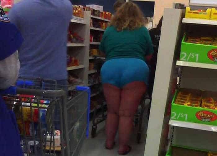 40 Hilarious People of Walmart That are on Another Level -36