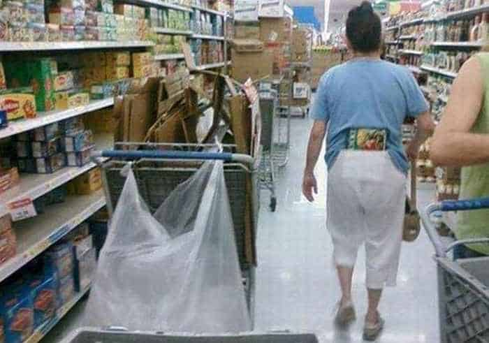 40 Funny Pics Of Most Ridiculous People Of Walmart -20