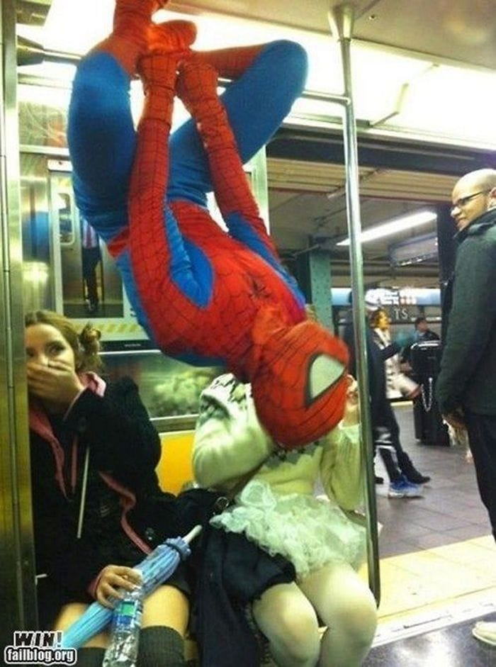 Most Ridiculous Subway Encounters That Will Make You LOL (29 Pics)-13