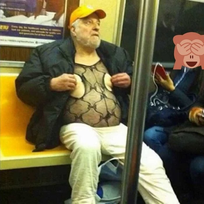Most Ridiculous Subway Encounters That Will Make You LOL (29 Pics)-20