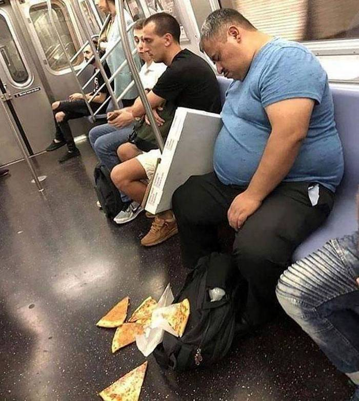 40+ People Who Are Having A Worse Day Than You-43