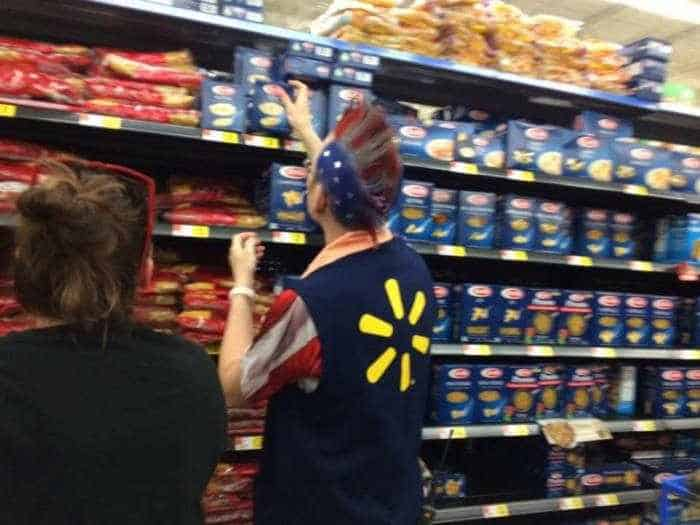 The People of Walmart are on another level (35 Photos) -09