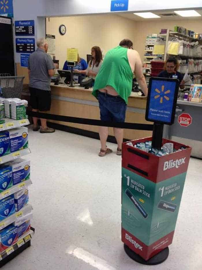 The People of Walmart are on another level (35 Photos) -10