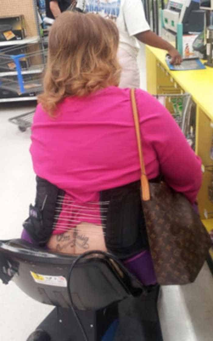 The People of Walmart are on another level (35 Photos) -14