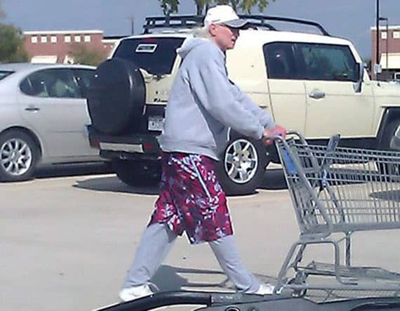 15 Funny People Of Walmart In Weird & Creative Outfits Will Make Your Day -10