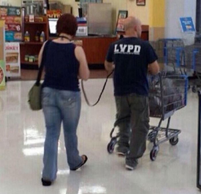 People Of Walmart That Are Too Ridiculous To Handle (100+ Pics)-13