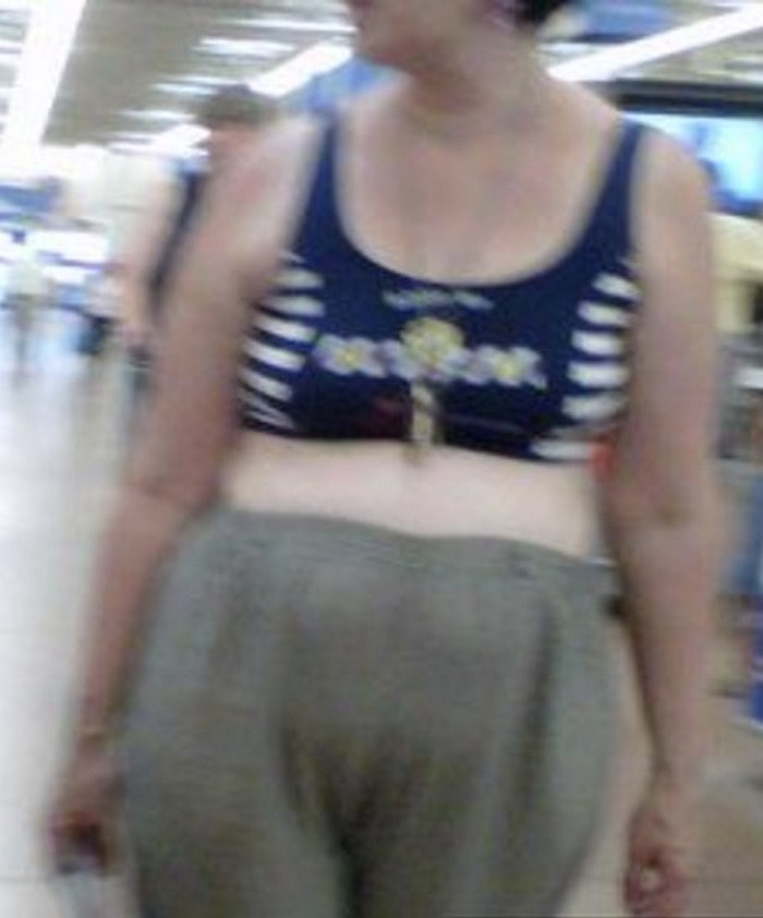 People Of Walmart That Are Too Ridiculous To Handle (100+ Pics)-14