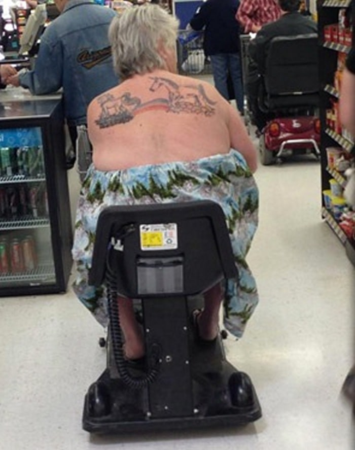 People Of Walmart That Are Too Ridiculous To Handle (100+ Pics)-16