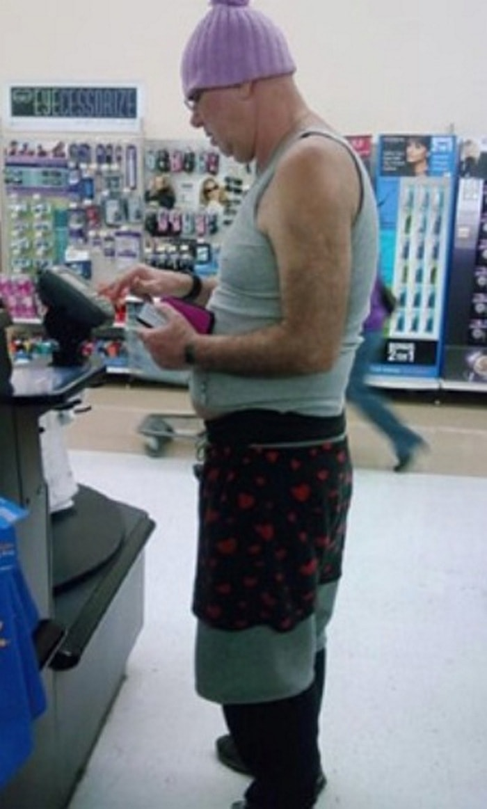 People Of Walmart That Are Too Ridiculous To Handle (100+ Pics)-22