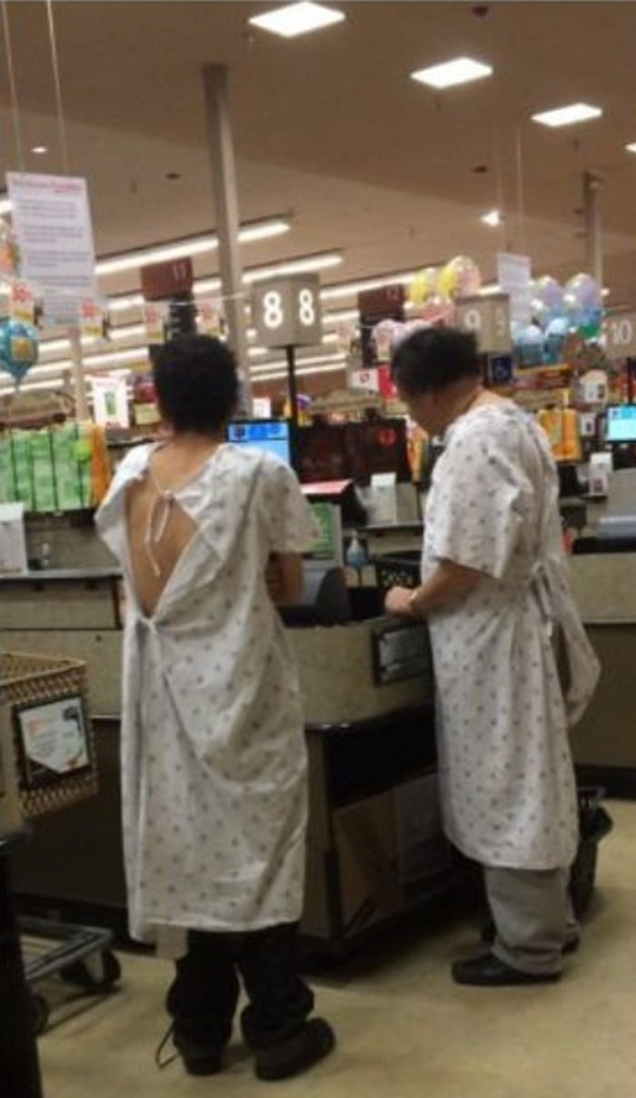 People Of Walmart That Are Too Ridiculous To Handle (100+ Pics)-45