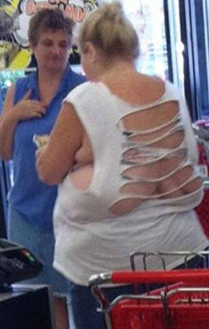 25 People of Walmart That Are Ridiculous -02