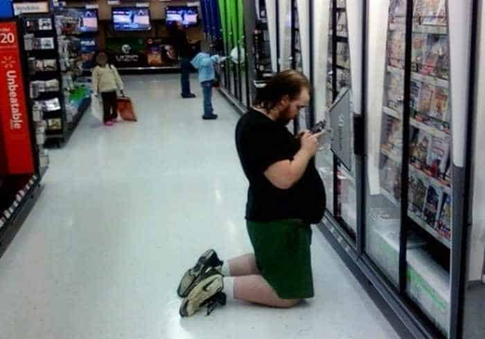 25 People of Walmart That Are Ridiculous -10