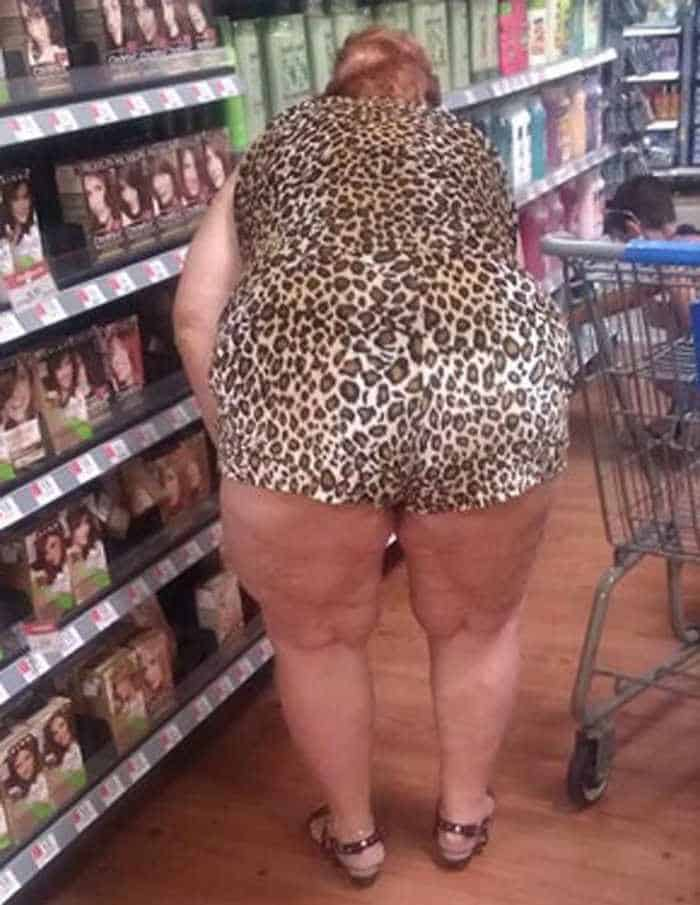 25 People of Walmart That Are Ridiculous -11