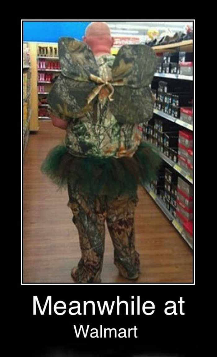 25 People of Walmart That Are Ridiculous -14