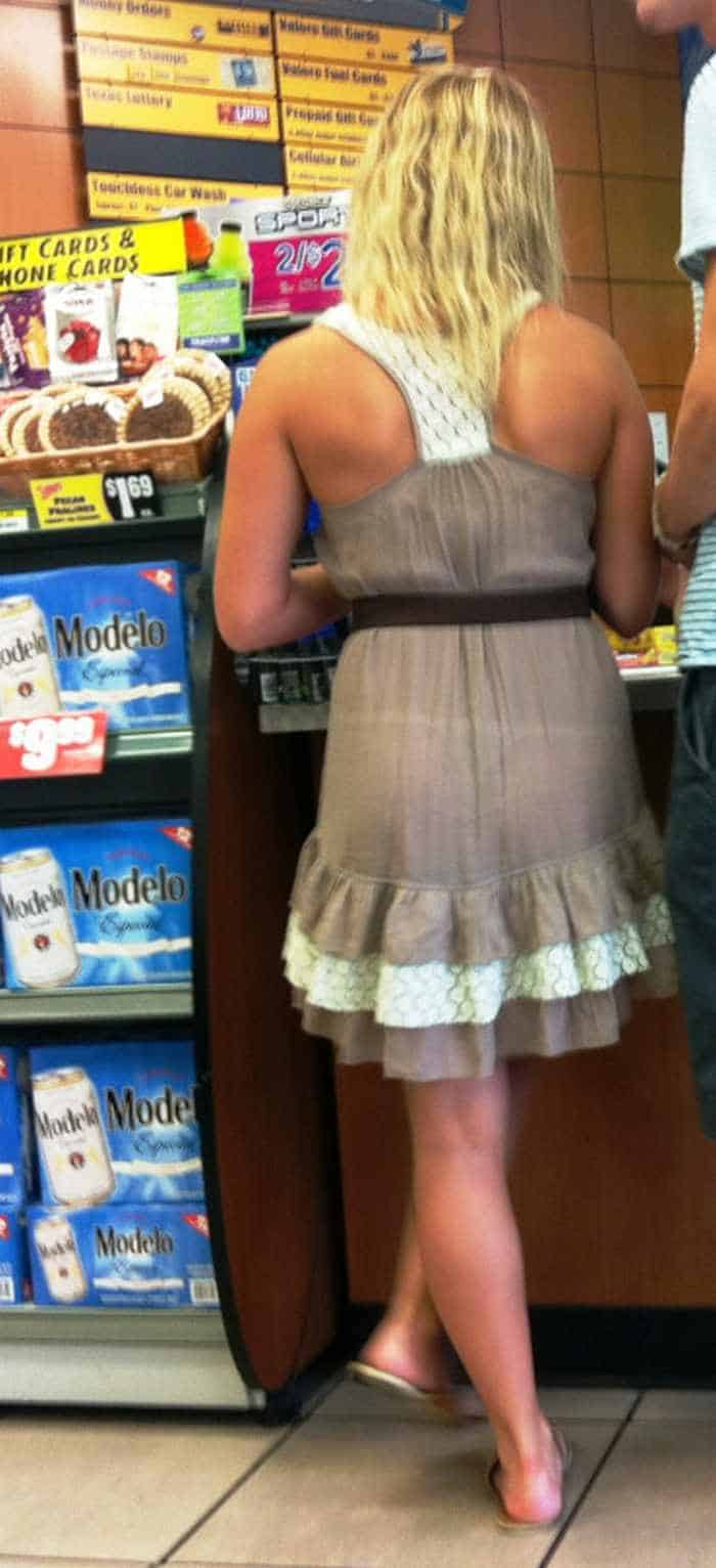 25 People of Walmart That Are Ridiculous -17