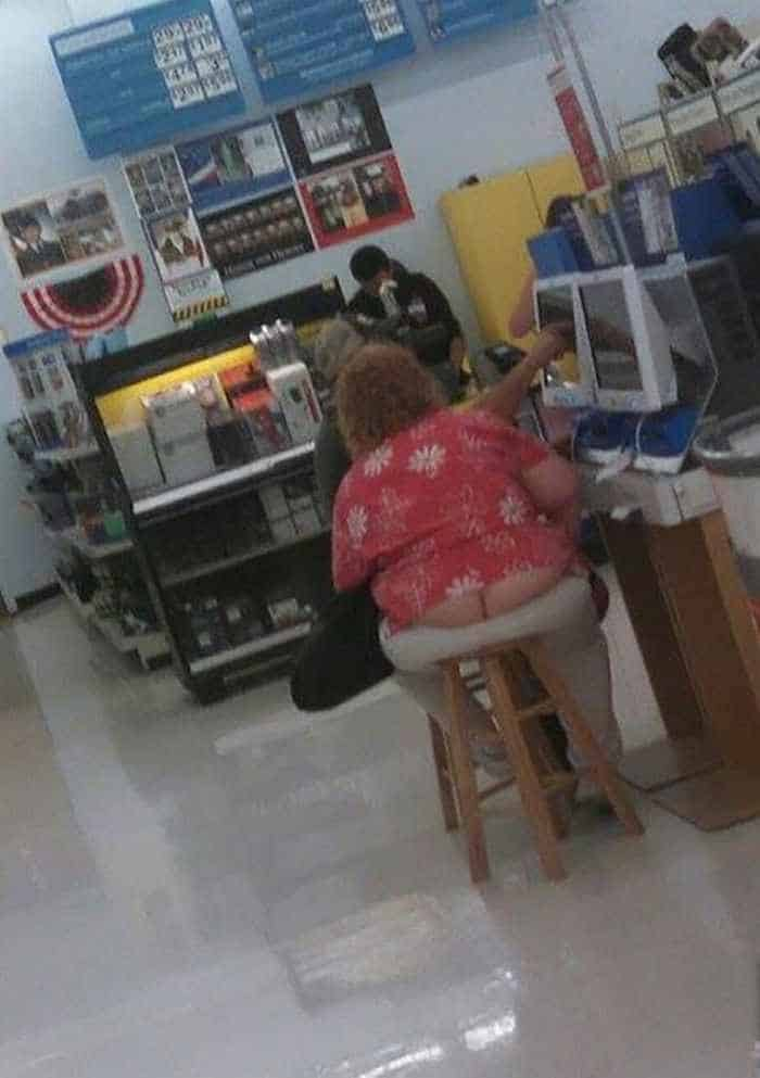 30 People of Walmart That Exist in Real Life -06