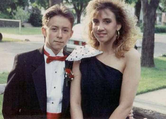50 Ridiculous 80's Prom Photos That Will Make You Laugh -01