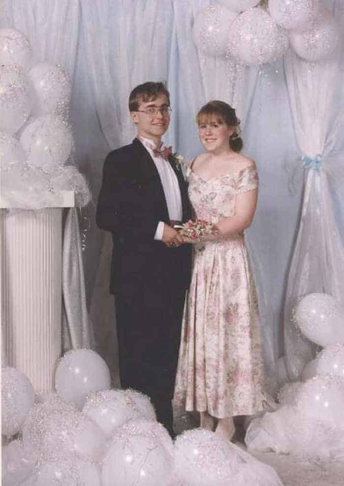 50 Ridiculous 80's Prom Photos That Will Make You Laugh -06