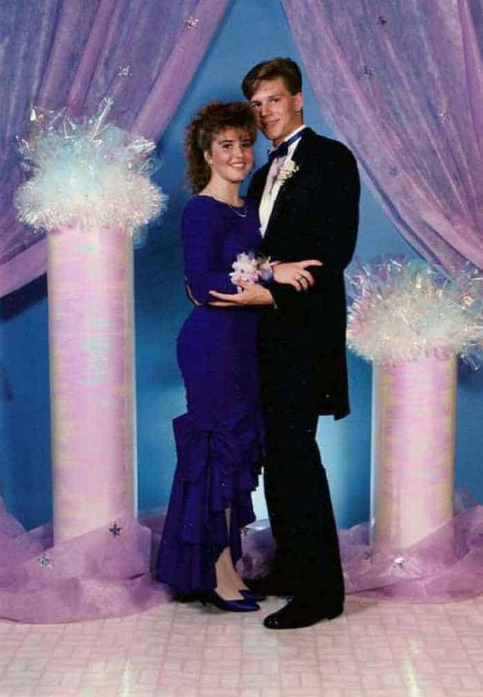 50 Ridiculous 80's Prom Photos -12