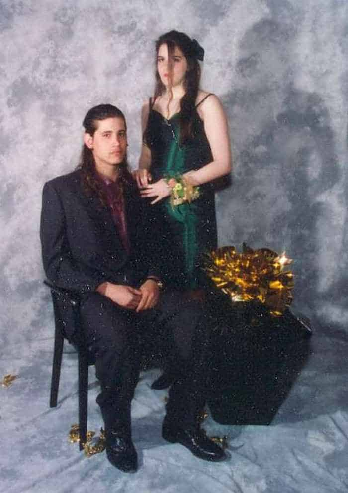 50 Ridiculous 80's Prom Photos -13