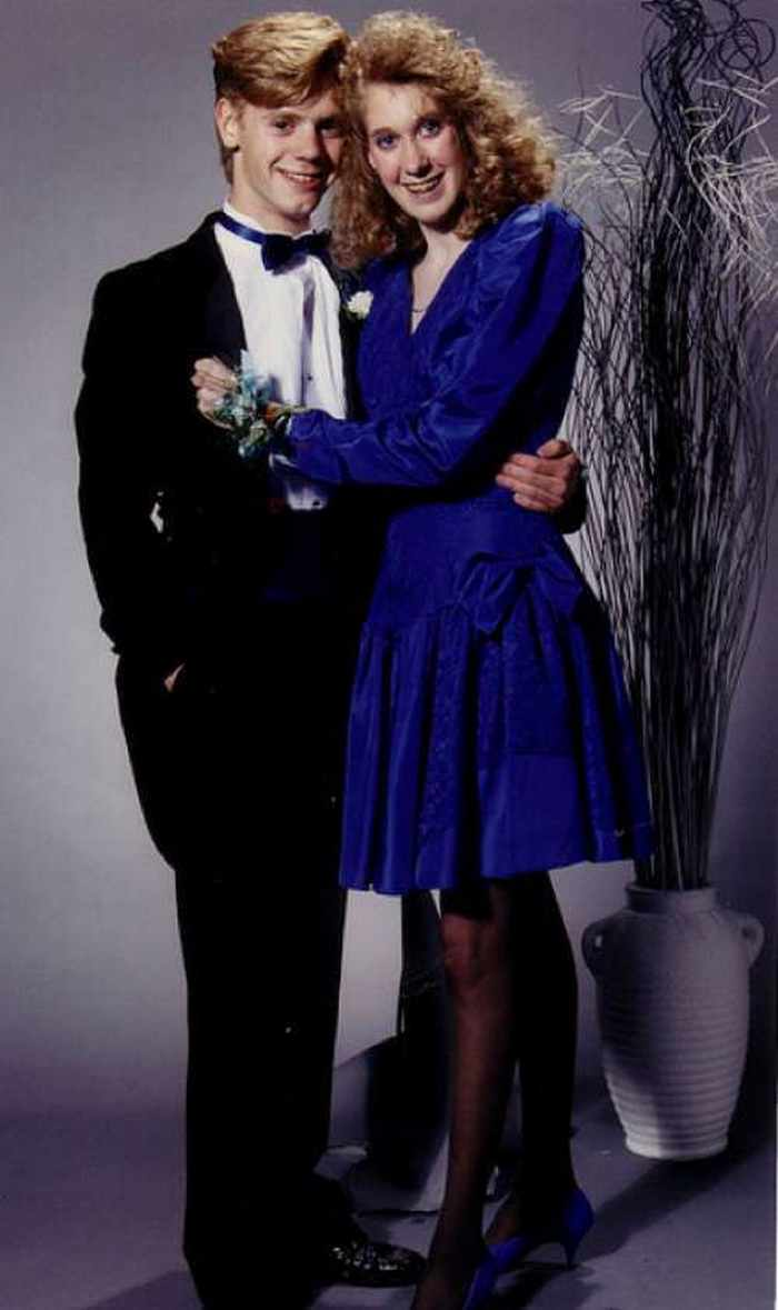 50 Ridiculous 80's Prom Photos -15