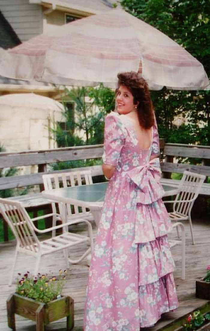 50 Ridiculous 80's Prom Photos That Will Make You Laugh -23
