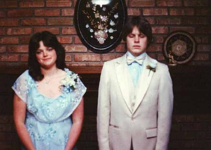 50 Ridiculous 80's Prom Photos That Will Make You Laugh -25
