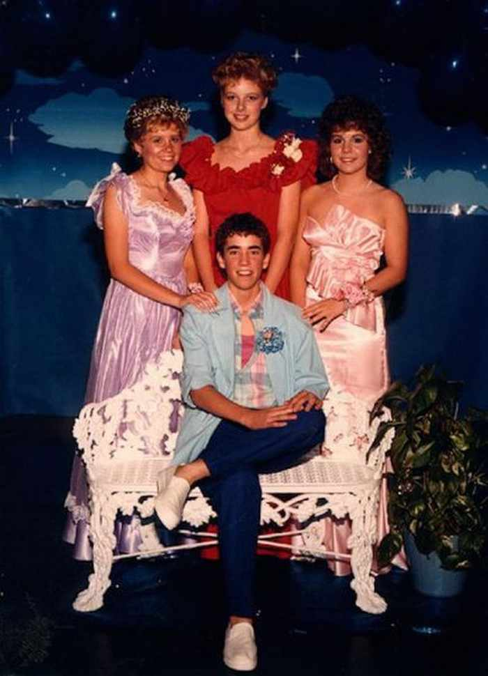 50 Ridiculous 80's Prom Photos That Will Make You Laugh -30