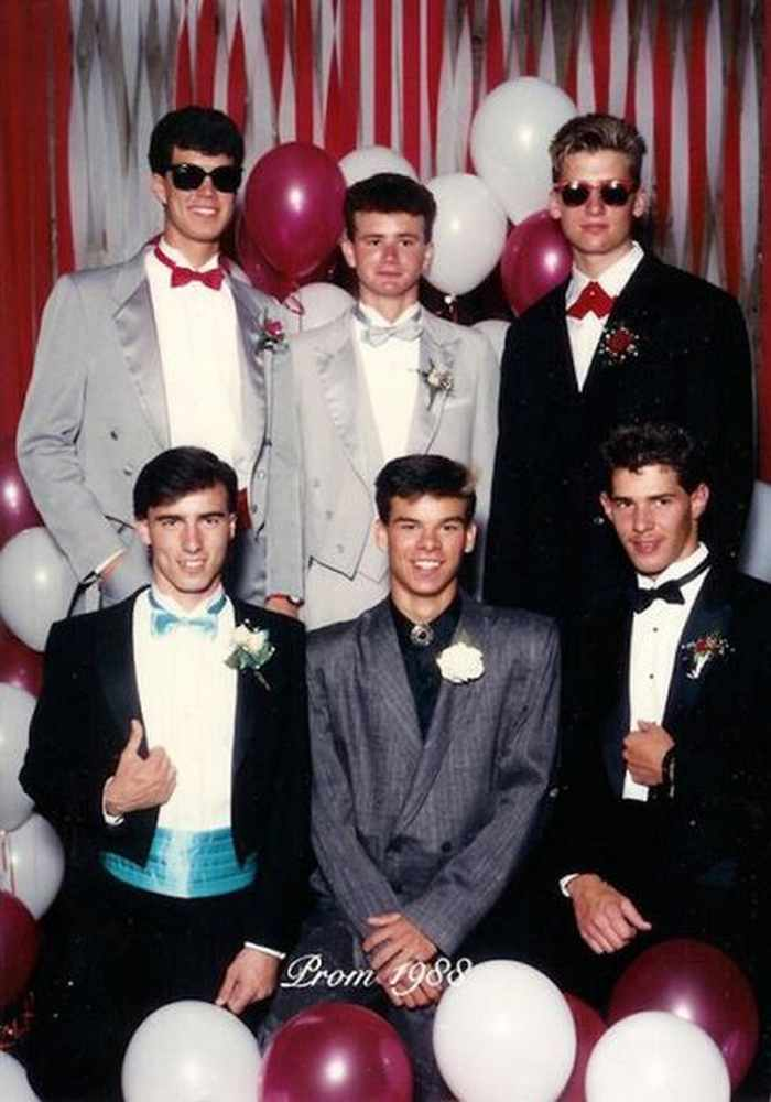 50 Ridiculous 80's Prom Photos That Will Make You Laugh -32