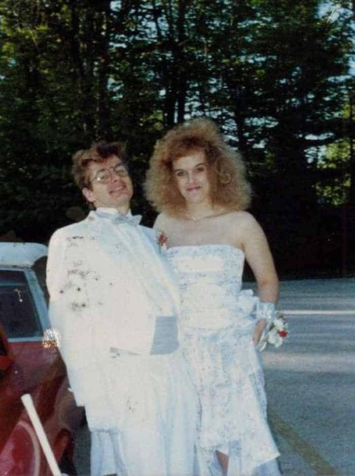 50 Ridiculous 80's Prom Photos That Will Make You Laugh -34
